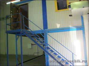 Модульное здание с лестницей